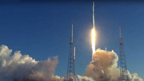 Компания SpaceX произвела успешный запуск космического телескопа TESS, охотника за экзопланетами следующего поколения