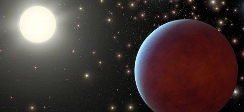 Астрономы нашли одну из самых «черных» планет, поверхность которой поглощает до 99 % падающего на нее света