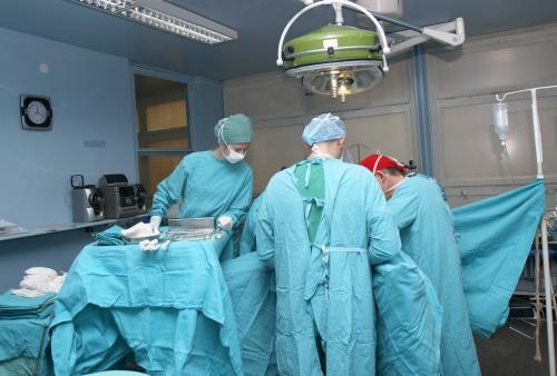 В России робот впервые провел операцию на головном мозге