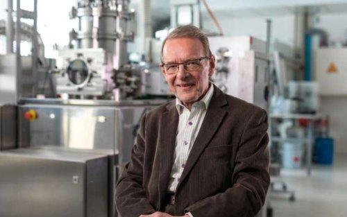 74-летний ученый-физик получил «эквивалент Нобелевской премии» в области технологий