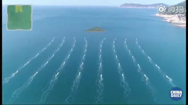Китай испытал флотилию, состоящую из полусотни роботов