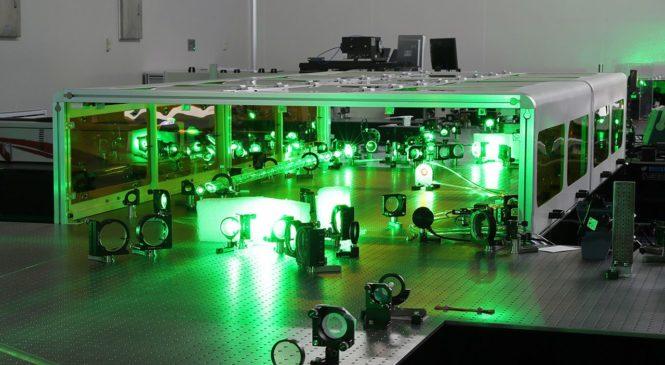 Китайский сверхинтенсивный лазер может создавать материю из энергии