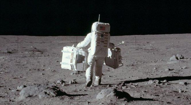 Опубликованы ранее неизвестные снимки с высадки американцев на Луну