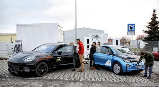 Новое зарядное устройство BMW и Porsche заряжает электромобиль до запаса хода в 100 километров за три минуты