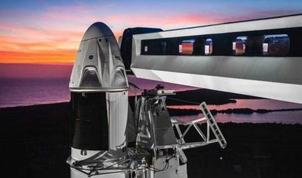 К МКС полетела замена «Союзу» от SpaceX